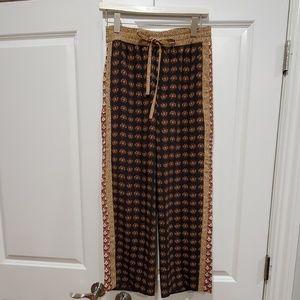 Zara Women Pants with Pattern size S